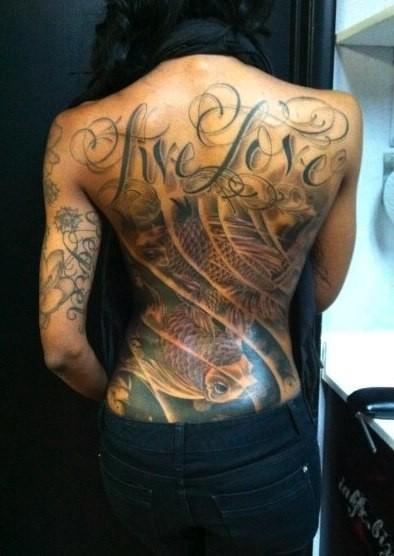 tatuirovki-na-jenskih-telah-27