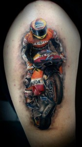 Татуировка мотоцикл