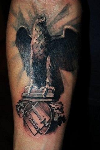 правые татуировки